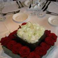 Reception, Flowers & Decor, white, red, Flowers, Piece, Centre, The flower company
