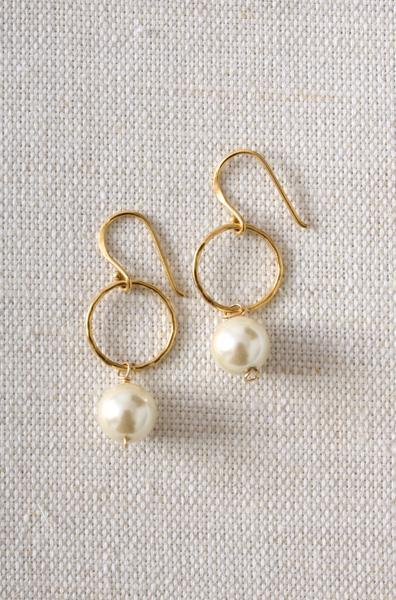 Jewelry, Bridesmaids, Bridesmaids Dresses, Wedding Dresses, Fashion, white, silver, gold, dress, Earrings, Bride, Wedding, Bridesmaid, Pearl, Stella dot stylist elizabeth pennywell