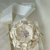 Jewelry, Wedding Dresses, Fashion, ivory, dress, Brooches, Wedding, Rose, Sash, Brooch, Emici bridal