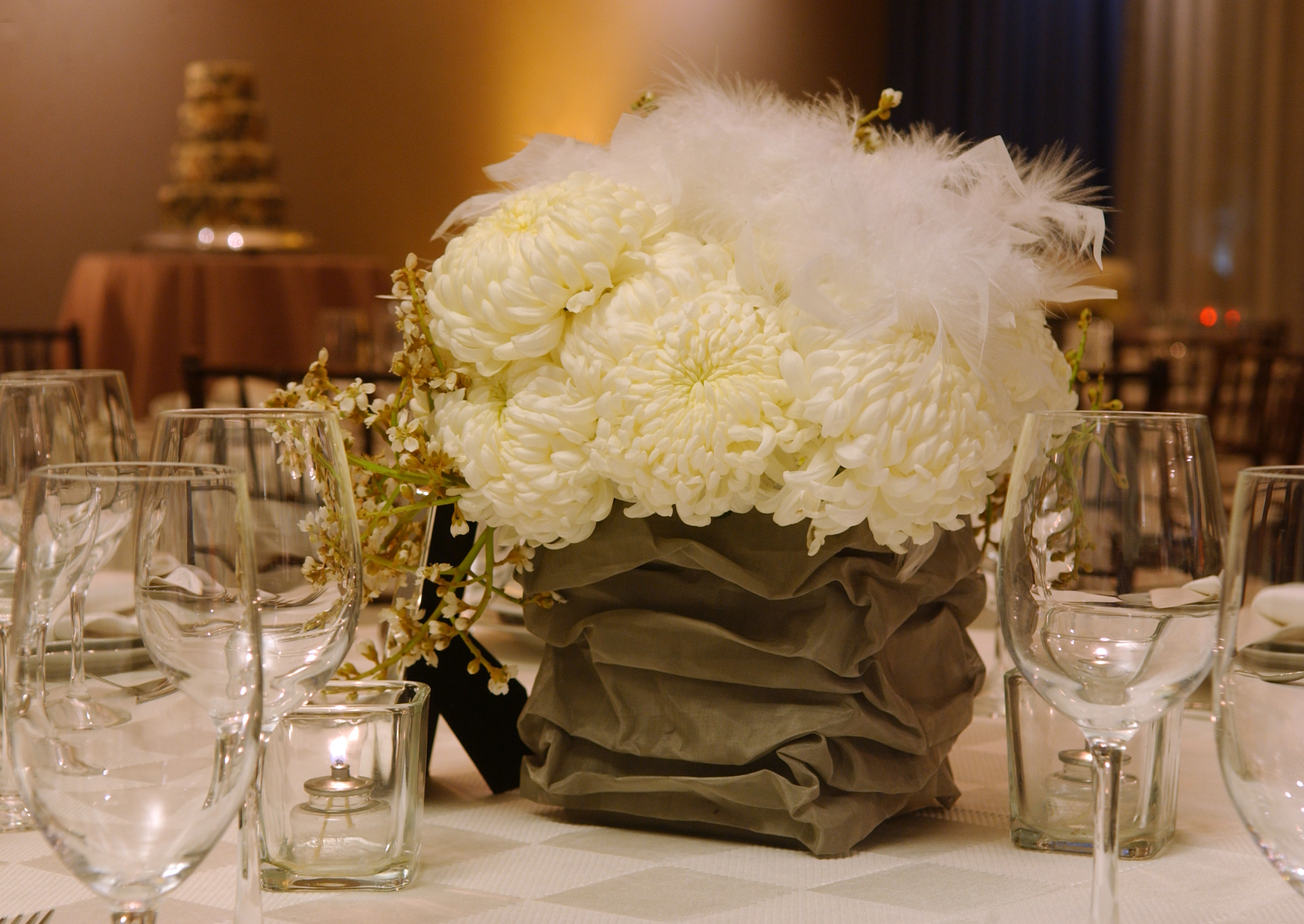 Beauty, Flowers & Decor, white, Feathers, Centerpieces, Flowers, Grey