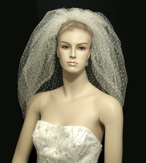 Beauty, Wedding Dresses, Fashion, white, dress, Hair, Distinctive veils accessories, Unique veil, Swiss dot veil, Bubble veil