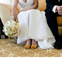 Flowers & Decor, Wedding Dresses, Shoes, Lace Wedding Dresses, Fashion, white, yellow, dress, Bride Bouquets, Flowers, Bouquet, Lace, Jamie greg, Flower Wedding Dresses