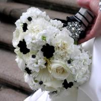 Flowers & Decor, white, black, Bride Bouquets, Flowers, Bouquet, My