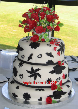 Inspiration, Flowers & Decor, Cakes, white, red, black, cake, Round, Flowers, Roses, Wedding, Fondant, Board, Tiers, Stacked, Gumpaste, Paste, Gum, A memory worth making - cakes