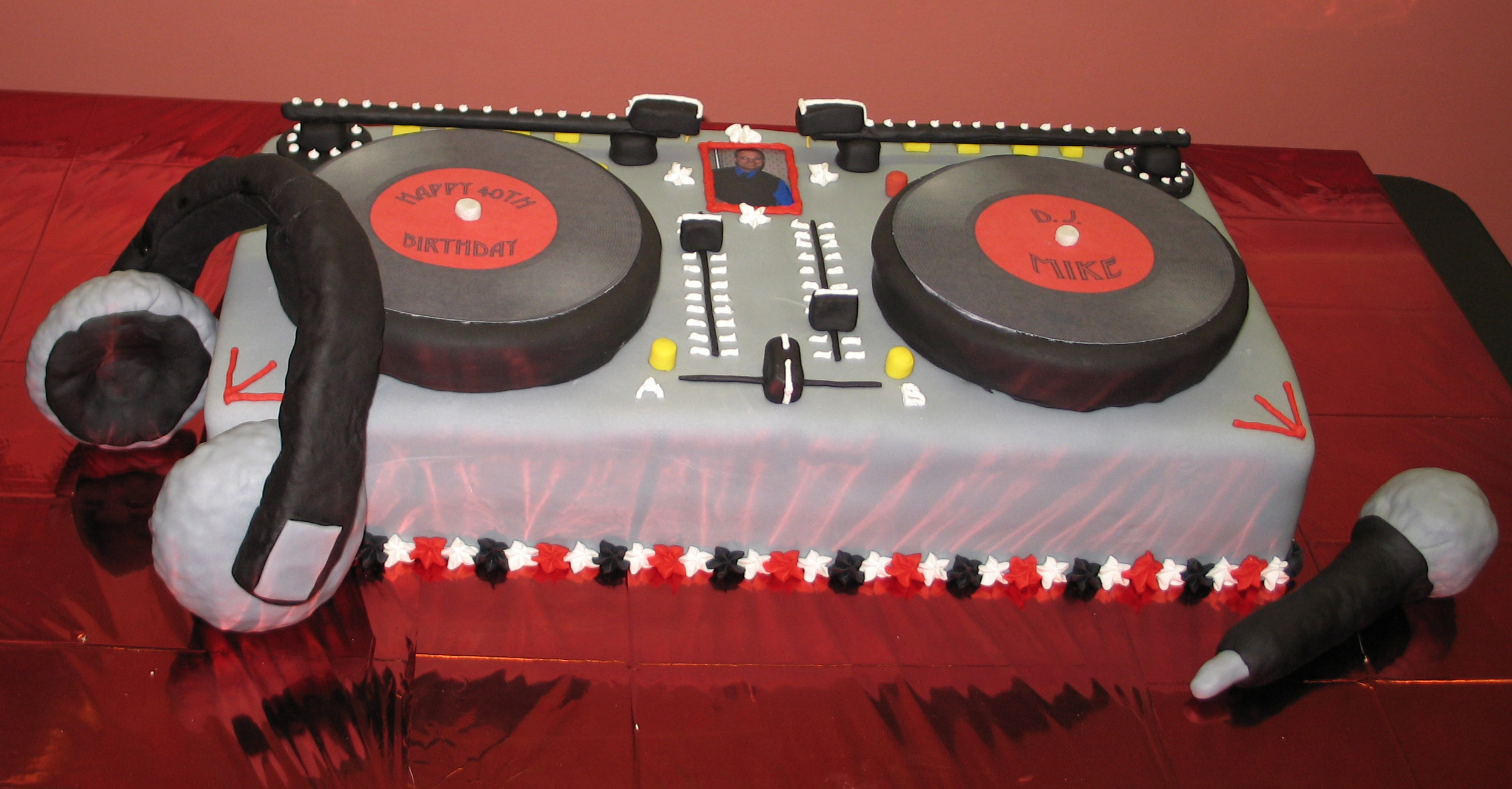 Inspiration, Reception, Flowers & Decor, Cakes, red, cake, Board, Dj, Grooms, Professional