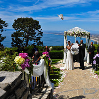 Ceremony, Flowers & Decor, white, Ceremony Flowers, Flowers, Wedding, Gazebo, La venta inn, Release, Dove, Palos, Verdes