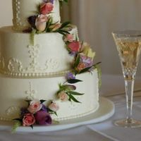 Flowers & Decor, Cakes, ivory, cake, Flowers, Champagne, Verandas