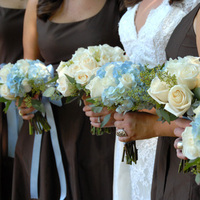 Flowers & Decor, Bridesmaids, Bridesmaids Dresses, Fashion, white, blue, brown, Bridesmaid Bouquets, Flowers, Lisa foster floral design, Flower Wedding Dresses