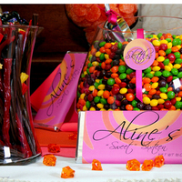 Reception, Flowers & Decor, Decor, Favors & Gifts, white, yellow, orange, pink, red, blue, green, favor, Bags, Table, Candy, Buffet, Labels, Logos, Scape, Designs for all times, General