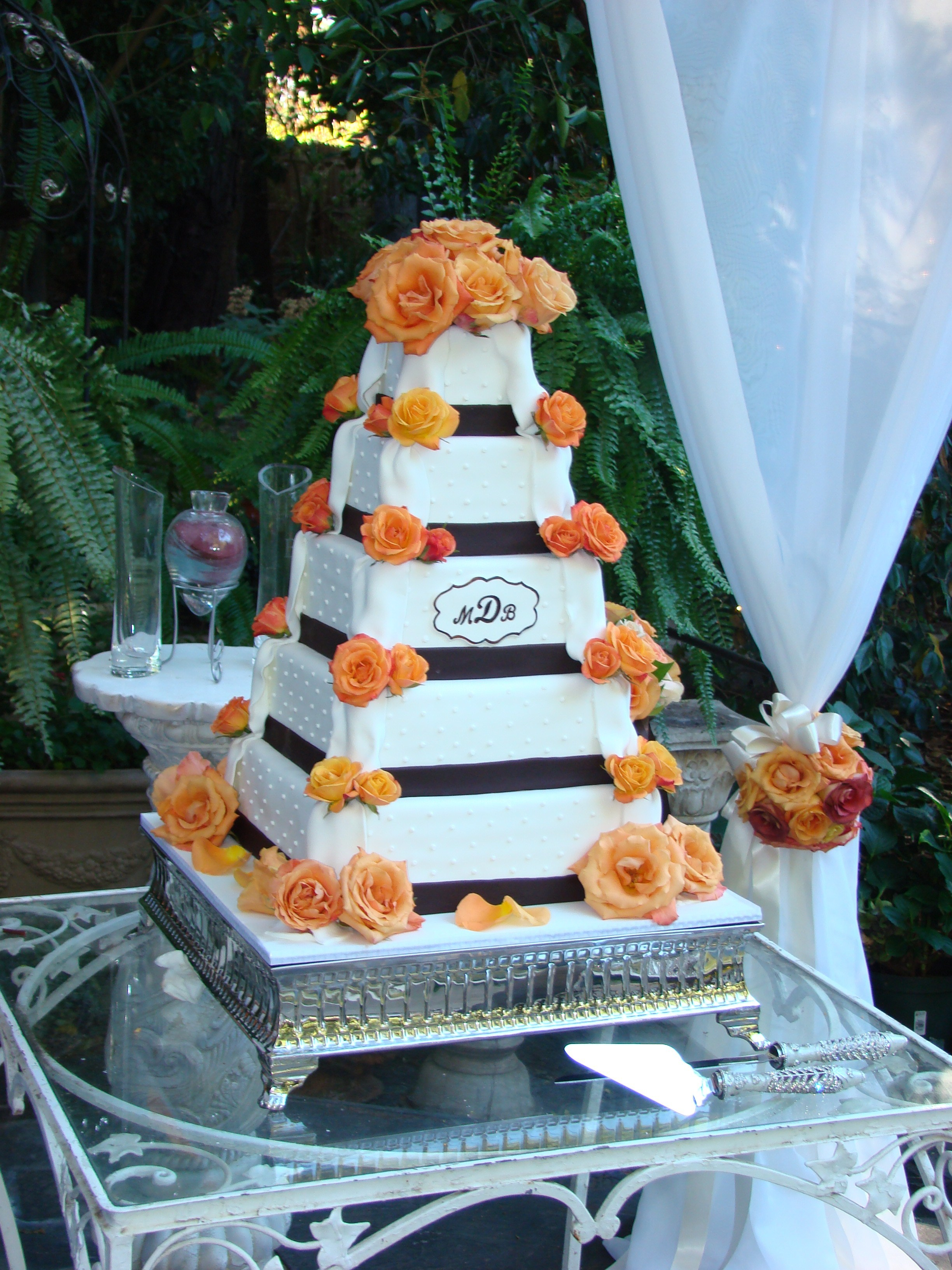 Cakes, white, orange, brown, gold, cake, Roses, Sweet, By, Rebecca, Sweet cakes by rebecca