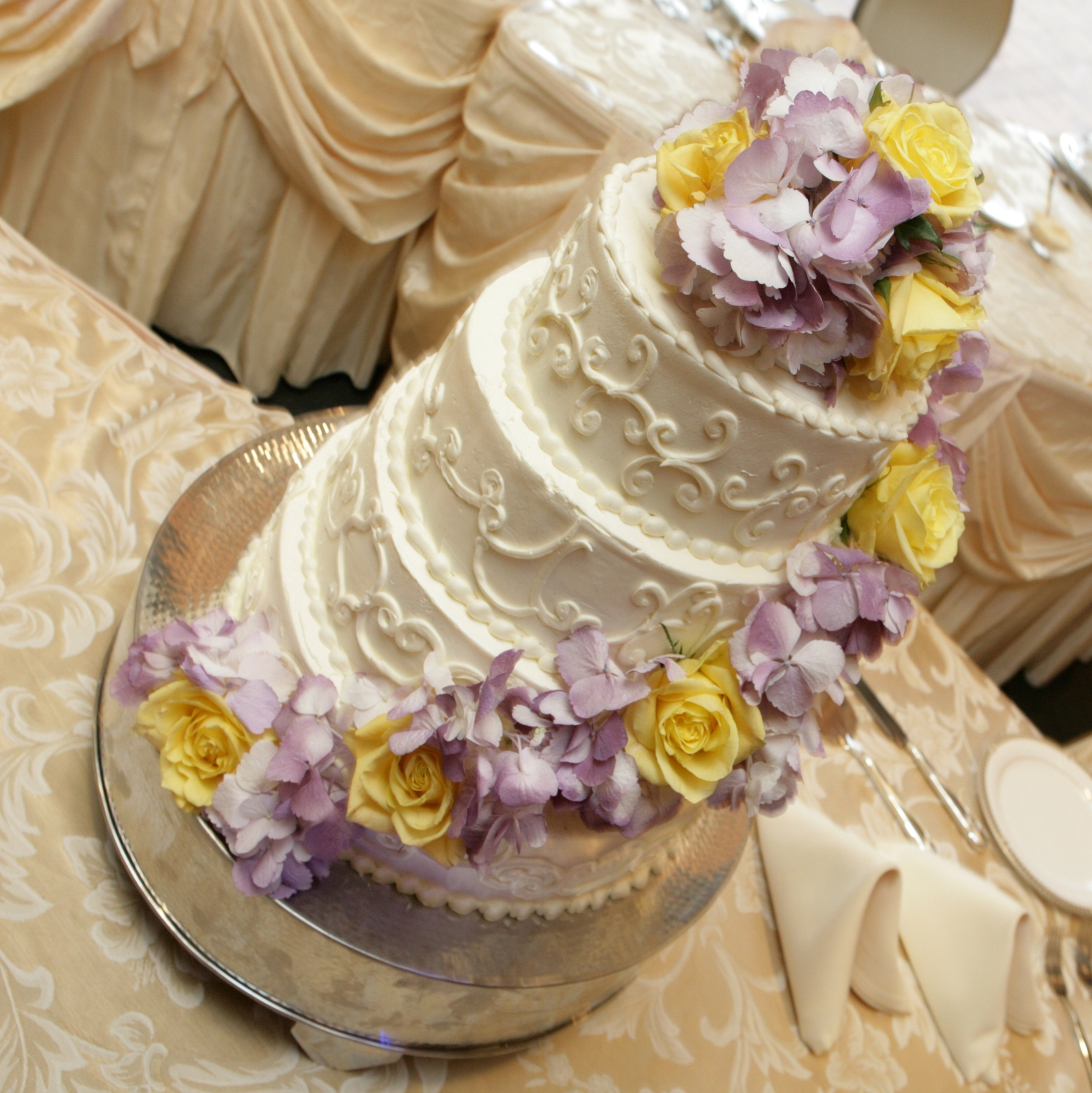 Flowers & Decor, Cakes, yellow, purple, cake, Flowers, Roses, Wedding, And, Hydrangea, Lavender, Yellows, Monday morning flowers
