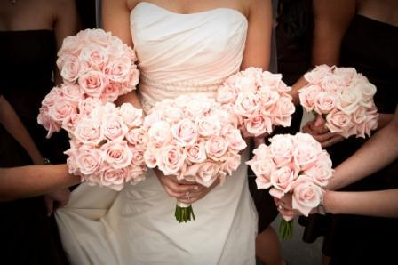 Flowers & Decor, Bridesmaids, Bridesmaids Dresses, Fashion, pink, Bridesmaid Bouquets, Flowers, Roses, Bridal, Bouquets, Monday morning flowers, Flower Wedding Dresses
