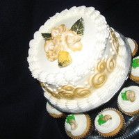 Cakes, white, gold, cake, Cupcakes, Wedding, With, Yum yum eatem up cakes