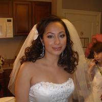 Beauty, Jewelry, Wedding Dresses, Fashion, white, dress, Makeup, Bride, Hair, Bridal, Lounge, Mia, Bridal lounge mia hendrickson