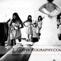 Christine lee smith photography, Bride and bridesmaids getting ready