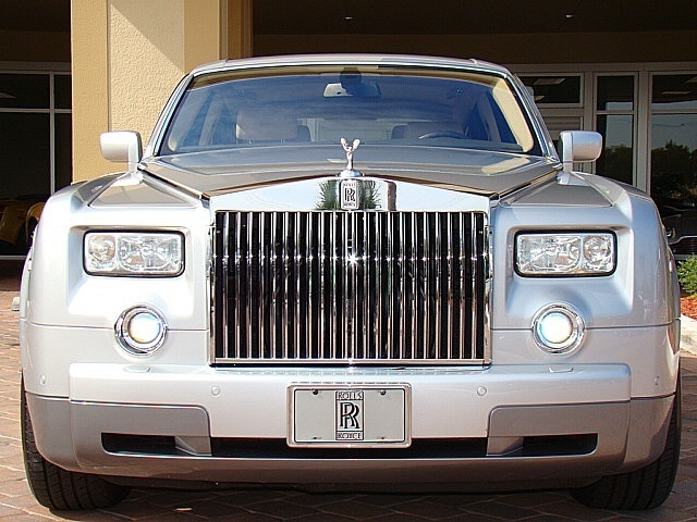 Rolls, Royce, Phantom, Ghusa executive luxury limousine transportation