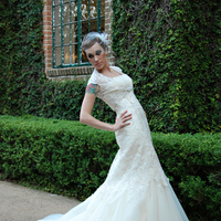 Beauty, Wedding Dresses, Fashion, white, green, gold, dress, Bride, Wedding, Hair, Natural, Vail, Tattoo, White grace photography