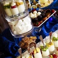 Cakes, white, yellow, blue, cake, Dessert bar, Cutting cake