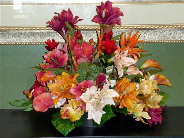 Ceremony, Inspiration, Reception, Flowers & Decor, white, orange, red, green, gold, Ceremony Flowers, Centerpieces, Flowers, Centerpiece, Wedding, Tropical, Colors, Board, Rent, Amaryllis, Savannah event decor
