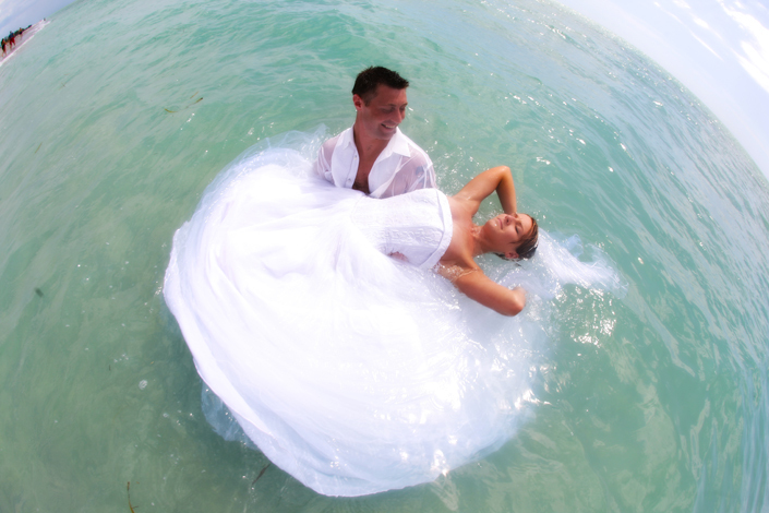 Inspiration, Wedding Dresses, Fashion, white, blue, dress, Bride, Groom, Ocean, Water, Board, The, Island, 2, Florida, Casual, Take, Fl, Captiva, Our-wedding-photographer, Trashing, Trashn