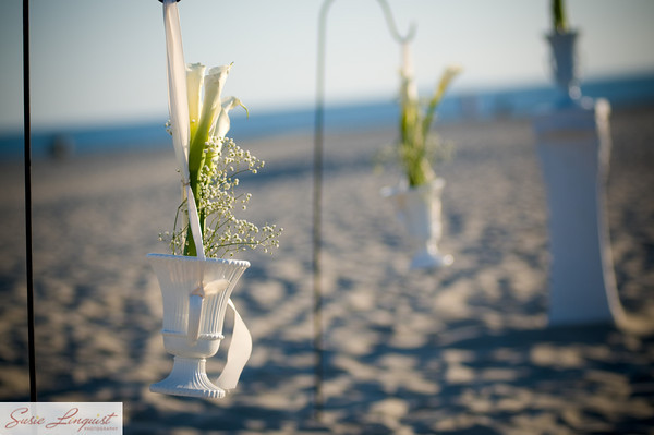 Ceremony, Flowers & Decor, white, green, Ceremony Flowers, Flowers, Modern la weddings