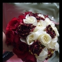 Flowers & Decor, red, black, Flowers, Roses, Gothic, Punk, Inexpensive, Goth, Wild, Nikolai weddings and events