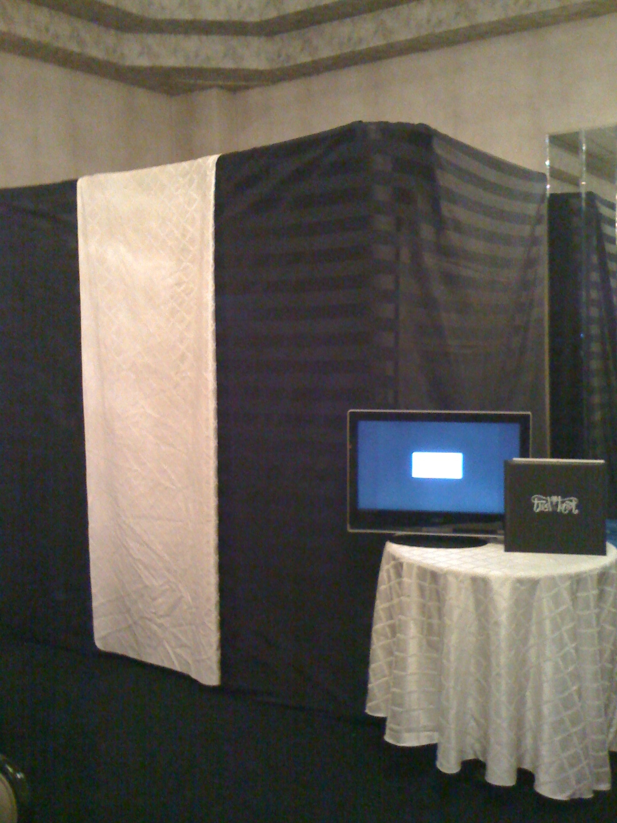 Favors & Gifts, Favors, Wedding, Booth, Fun, Photo, Rental, For, Rent, Booths, Scott roth events