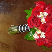 Flowers & Decor, red, black, Bride Bouquets, Flowers, Roses, Bouquet, Bridal, Diamonds, Dazzling bouquets