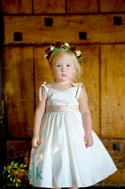 Beauty, Inspiration, Flowers & Decor, Flower Girl Dresses, Wedding Dresses, Fashion, dress, Flowers, Hair, Flower girl, Board, The story keeper, Flower Wedding Dresses