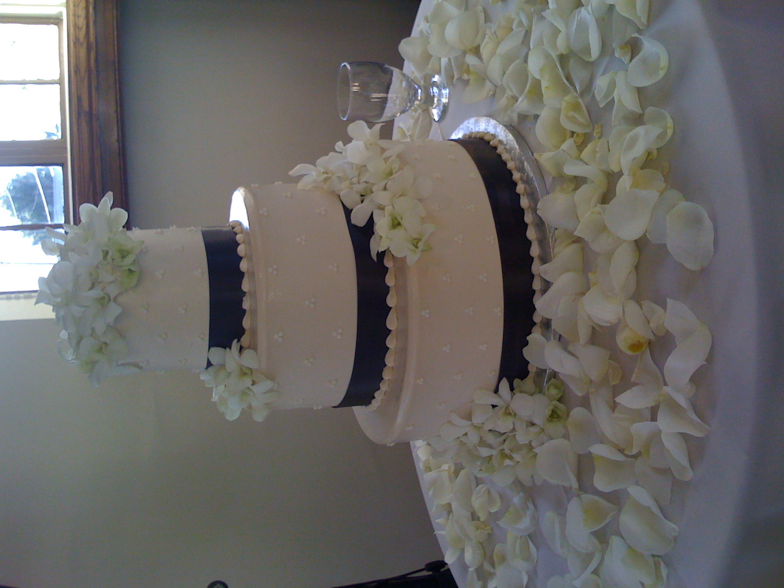 Ceremony, Reception, Flowers & Decor, Cakes, white, cake, Ceremony Flowers, Flowers, Jadore florist