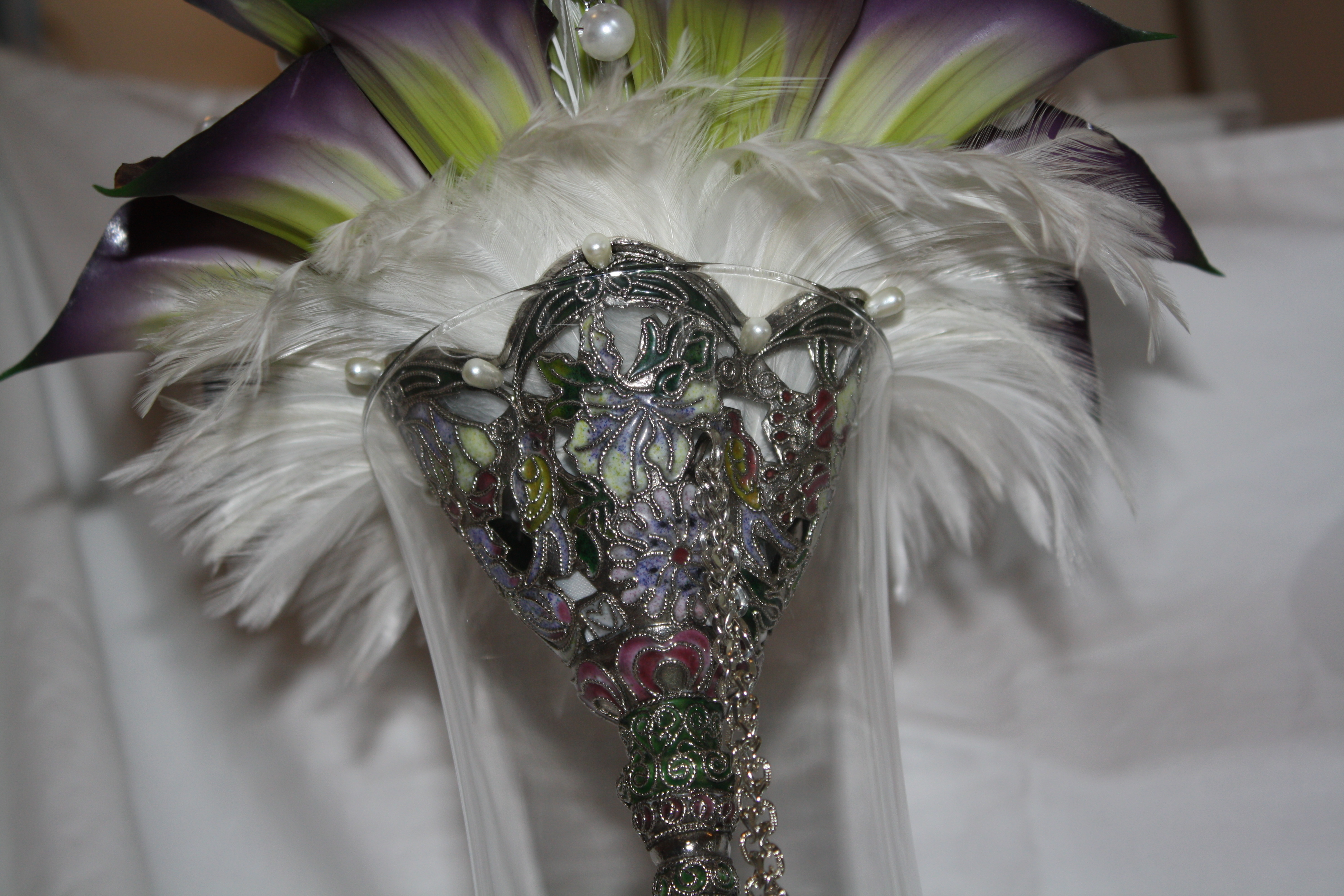 Beauty, Flowers & Decor, white, purple, silver, Feathers, Bride Bouquets, Flowers, Bouquet, Peacock, Holder, Feather
