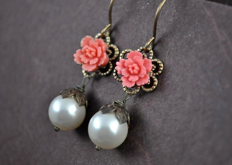 Jewelry, white, ivory, red, brown, Earrings, Champagne, Leaf, Weddings, Pearl, Silk, Charm, Aphrodite888etsycom, Aphrodite888