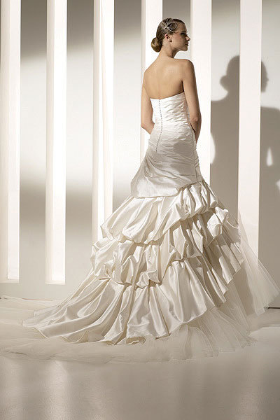 Wedding Dresses, Fashion, dress, Fall, Pronovias, Megan, 2010, Fall Wedding Dresses