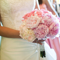 Flowers & Decor, pink, Bride Bouquets, Vintage, Modern, Flowers, Modern Wedding Flowers & Decor, Vintage Wedding Flowers & Decor, Bouquet, Bridal, bridal bouquet, Dallas, Modern life studios, Old red courthouse, Old red