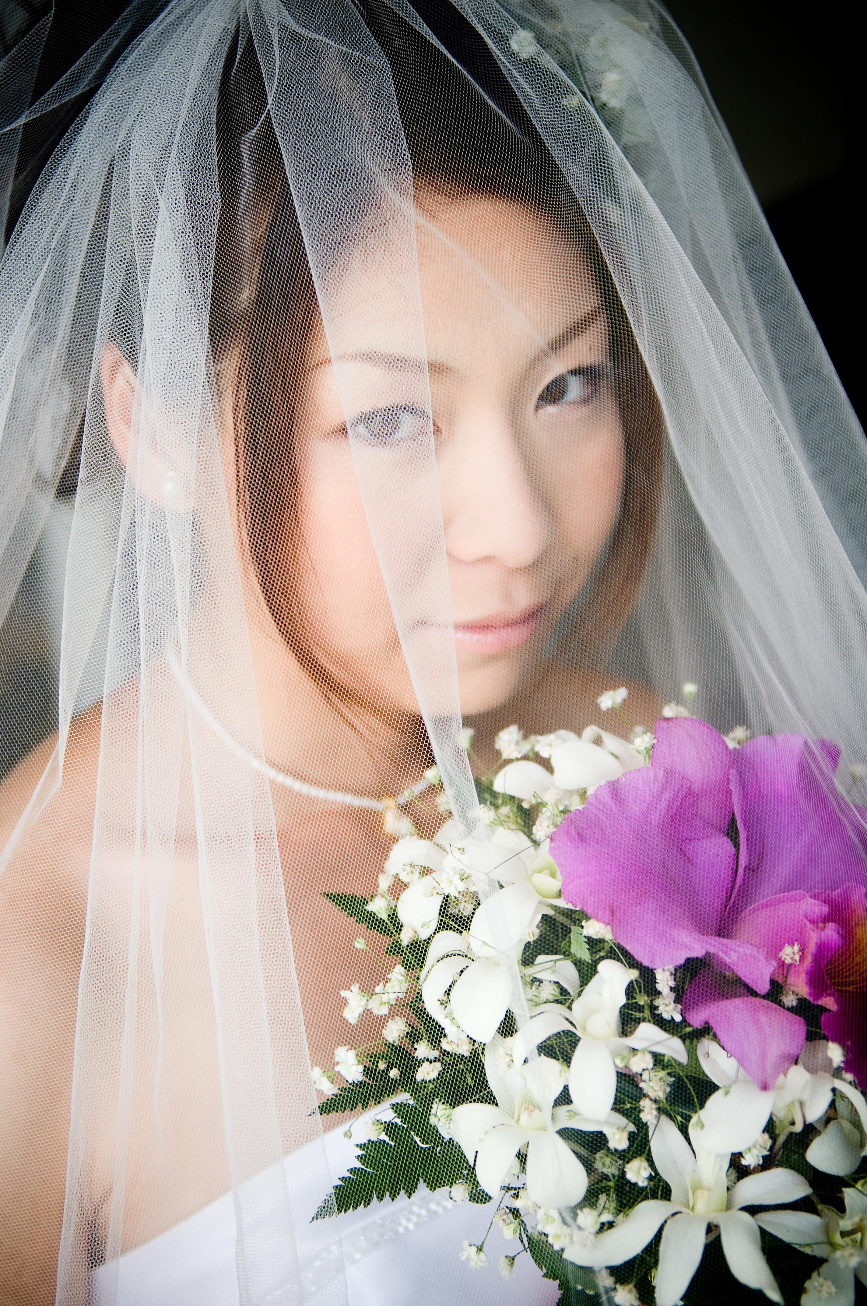 Beauty, Flowers & Decor, Veils, Fashion, white, pink, Makeup, Bride Bouquets, Bride, Flowers, Portrait, Veil, Hair, Horn photography, Flower Wedding Dresses