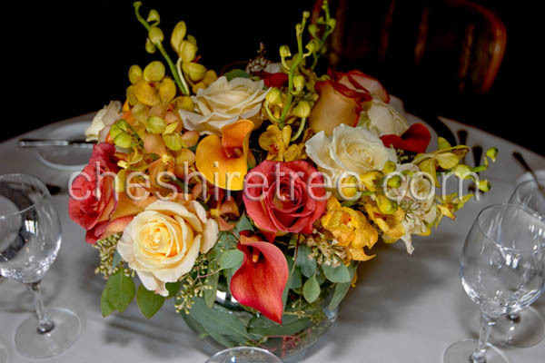 Roses, Centerpiece, Calla, Lilies, Orchids, Glass, Mokara, Cheshire tree floral designs