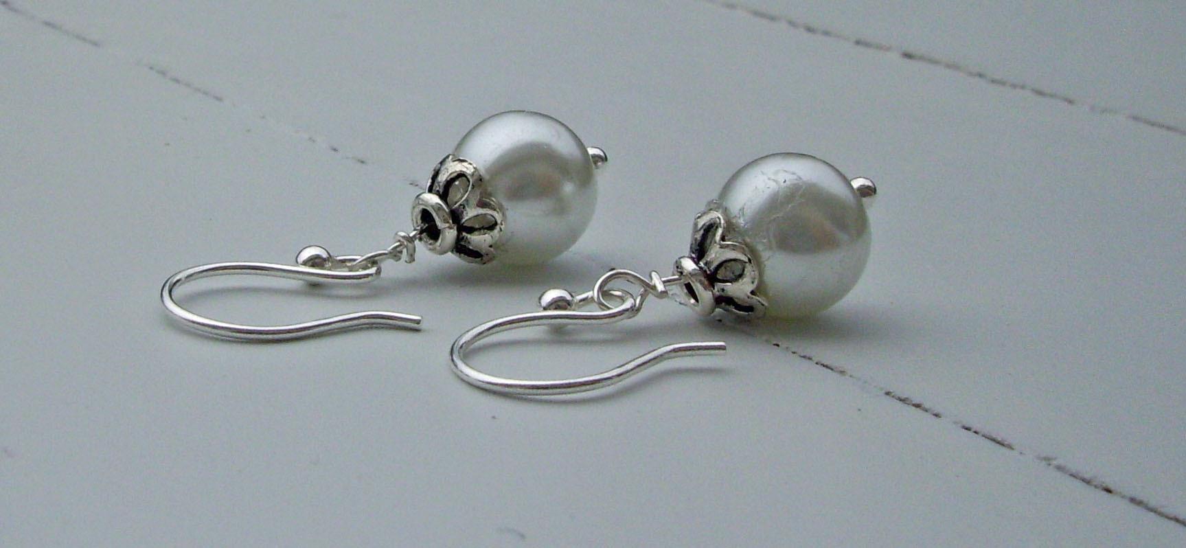 Jewelry, white, Blustarfruit jewelry