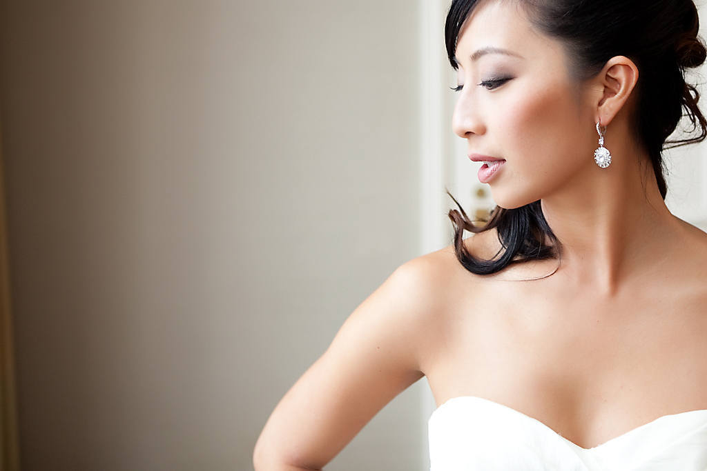 Giao nguyen makeup, hair and bridal accessories