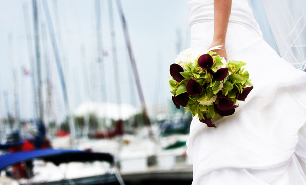Flowers & Decor, Wedding Dresses, Fashion, blue, dress, Bride Bouquets, Flowers, Bouquet, Chicago, Boats, Harbor, Wind, Parisi images, Sailboats, Flower Wedding Dresses