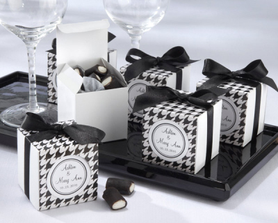 Reception, Flowers & Decor, Favors & Gifts, white, black, Favors, Wedding, Accent the party