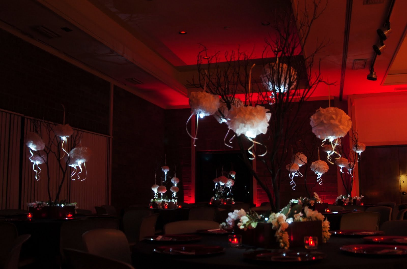 Reception, Flowers & Decor, white, Centerpieces, Centerpiece, Branches, Elegant, Manzanita