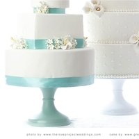 Cakes, white, yellow, pink, red, purple, blue, green, brown, black, silver, gold, cake, Wedding, Custom, Stand, Cakestand, Sarahs stands - a cake stand company