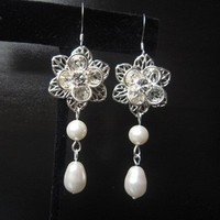 Flowers & Decor, Jewelry, Bridesmaids, Bridesmaids Dresses, Fashion, white, silver, Earrings, Flower, Wedding, Bridal, Elegant, Crystal, Swarovski, Drop, Teardrop, Pearl, Filigree, Sterling