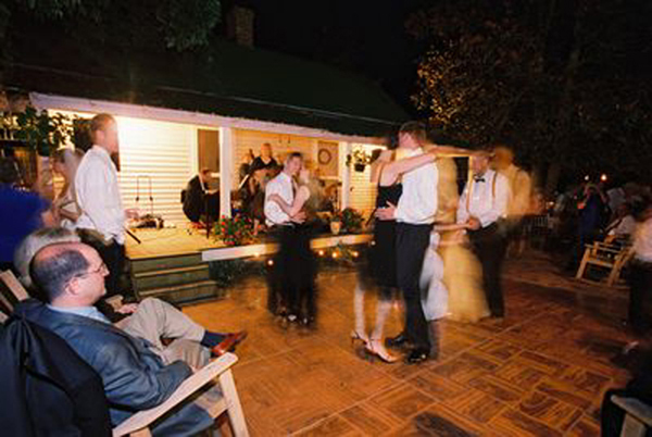 Ceremony, Reception, Flowers & Decor, Garden, Dancing, Elegant, Courtyard, Country, Inn, Arbor, Plantation, Washington grass inn