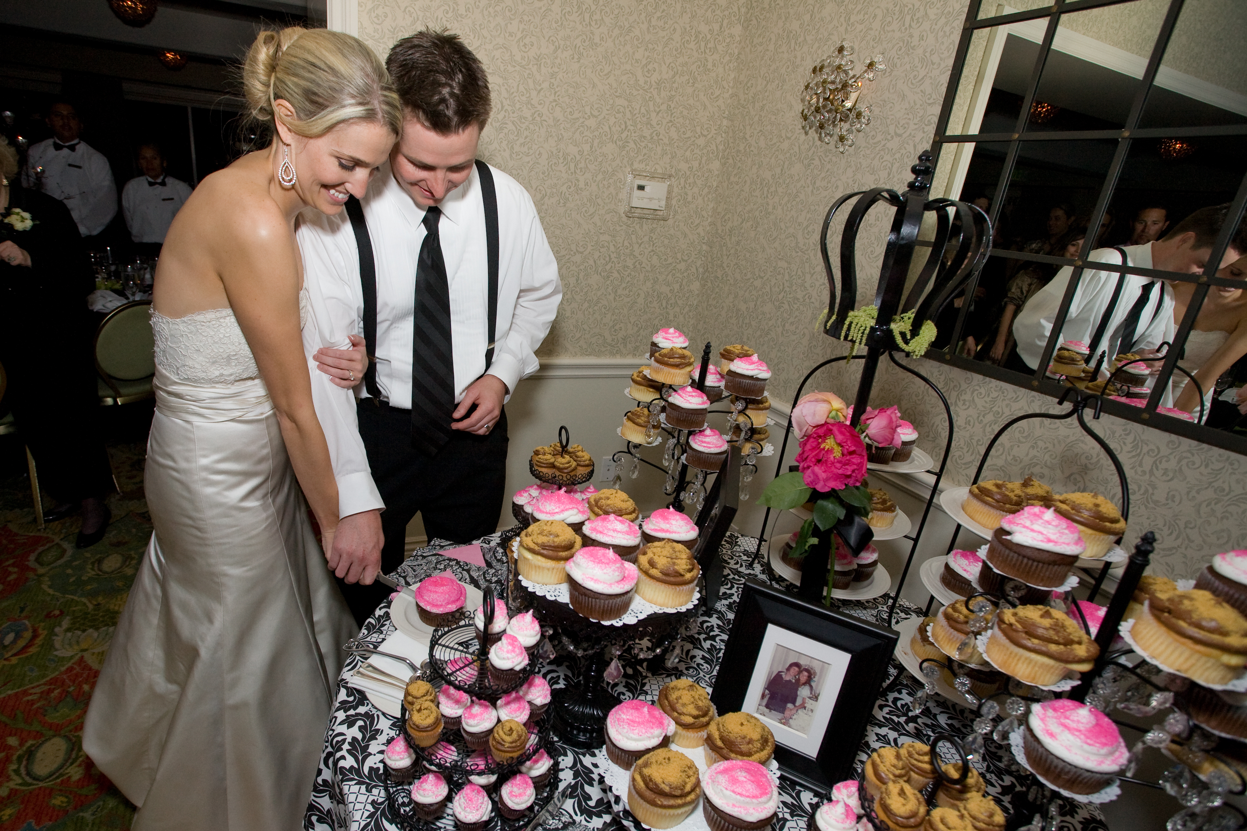 pink, black, Cupcakes, Cake cutting, Damask, Absolutely events