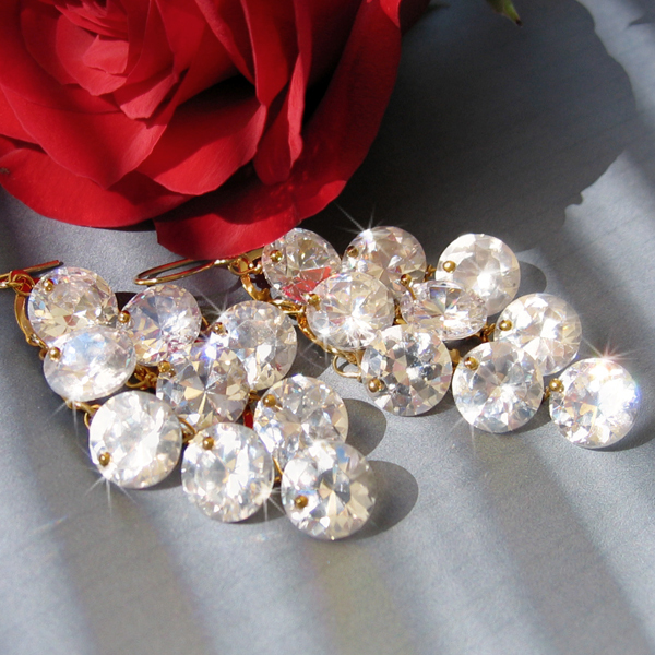 Jewelry, Bridesmaids, Bridesmaids Dresses, Romantic Wedding Dresses, Fashion, white, ivory, silver, gold, Earrings, Brooches, Bride, Romantic, Bridal, Elegant, Couture, Weddings, Cream, Swarovski, Brooch, Haute, Crystals, Rhinestones, Cz, Clear, Cubic, Zirconia, Ts studio jewelry