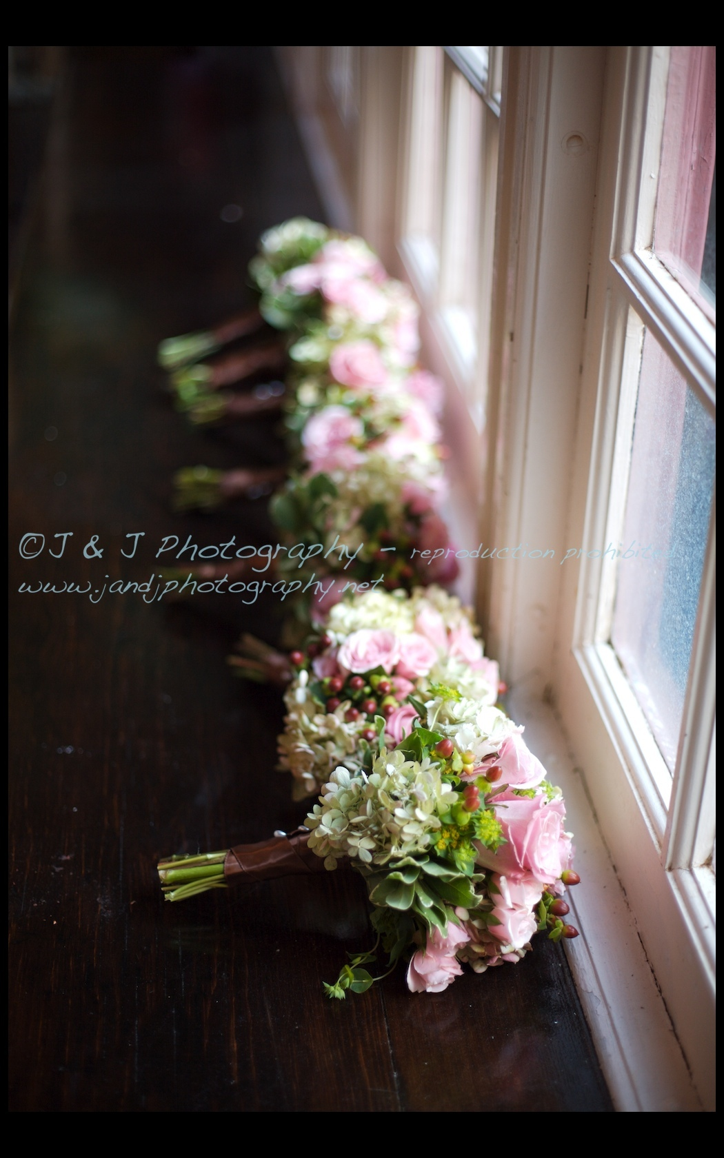 Flowers & Decor, Flowers, Bouquets, J j photography