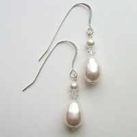 Jewelry, Bridesmaids, Bridesmaids Dresses, Fashion, white, pink, red, purple, blue, green, black, silver, gold, Earrings, Bride, Wedding, Custom, Bridal, Pear, Pearls, Colors, Crystal, Swarovski, Drop, Pearl, Crystals, Sterling, Dangle, Afinishingtouch, A finishing touch jewelry