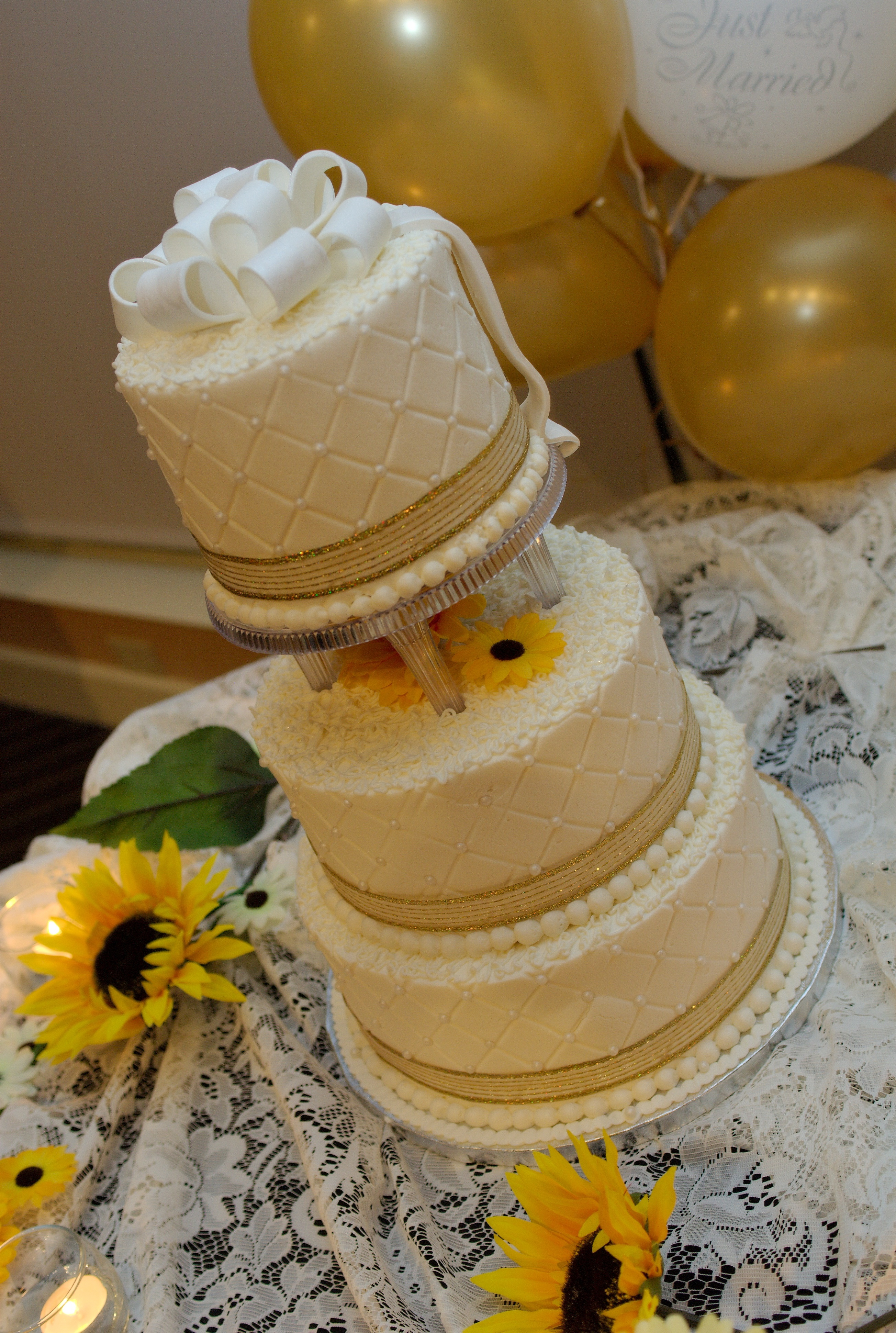 Cakes, gold, cake, Wedding, Birthday, Occasional cakes llc