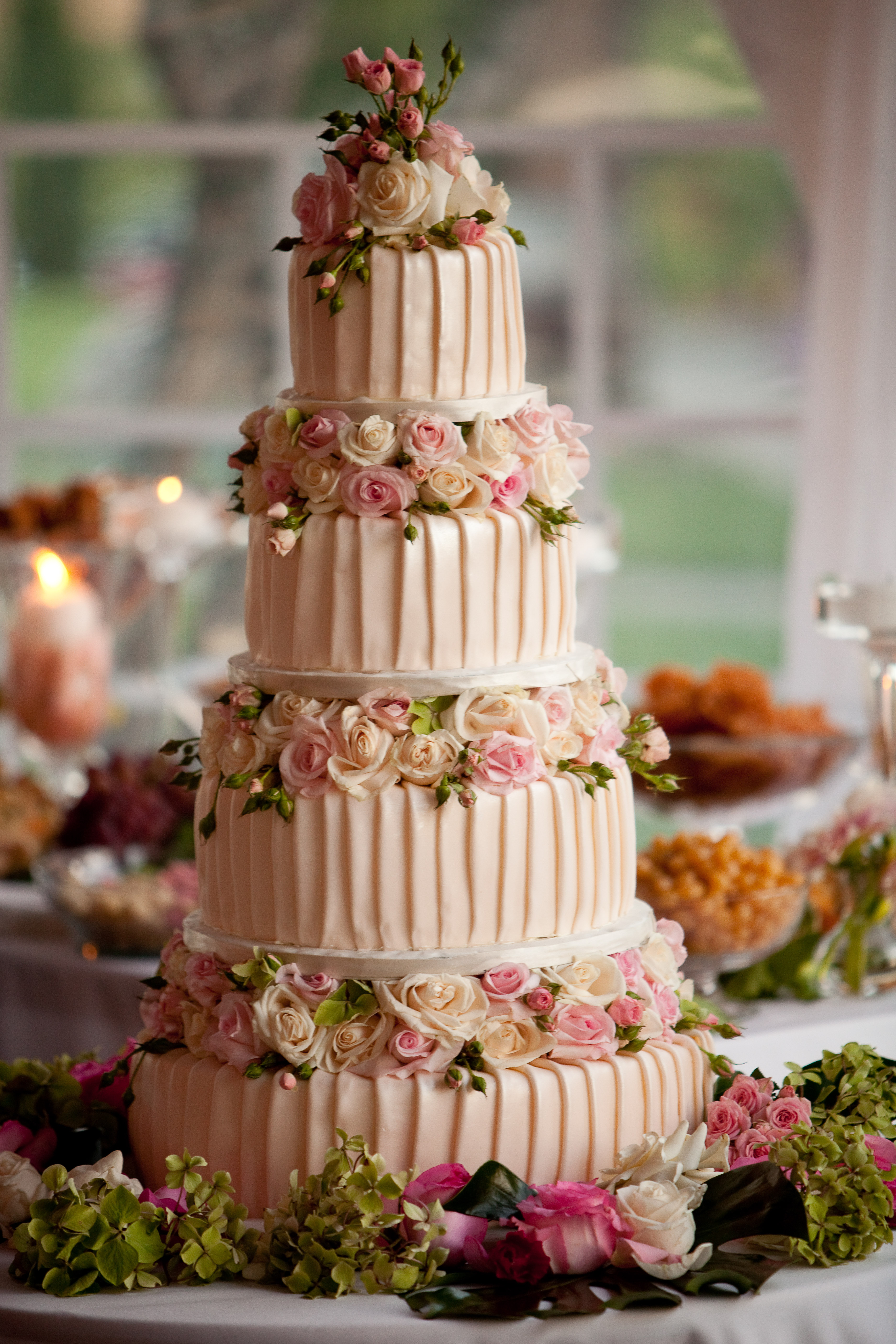 Cake and desserts by Bijan Bakery and Cafe Project Wedding